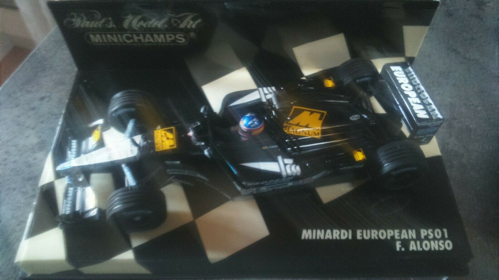 Fernando alonso    minardi ps01  minichamps