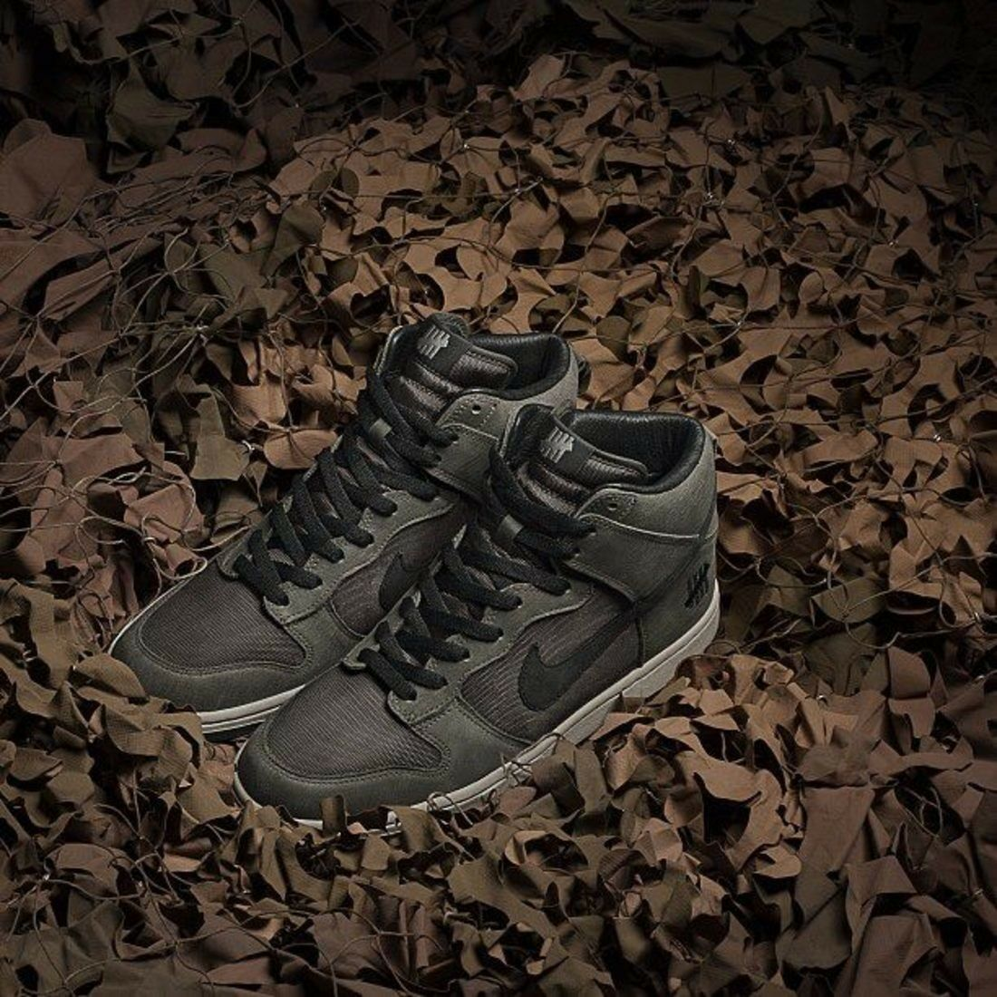 Nike Men x UNDFTD Undefeated Dunk SP Bring Back 2018