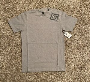 DC-Shoes-Mens-Graphic-T-Shirt-Small-Gray-Black-Spell-Out-Logo-Bolt-NWT