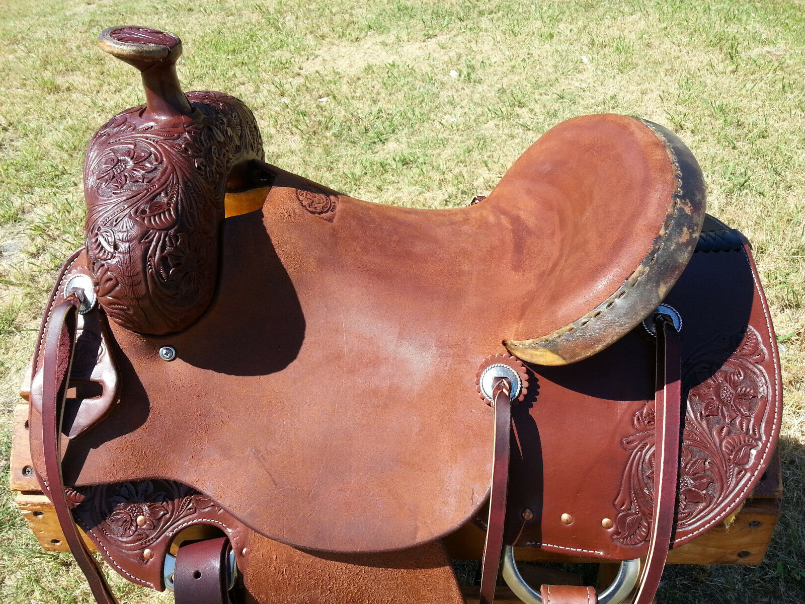 16  Spur Saddlery Ranch Roping Saddle (Made in Texas)