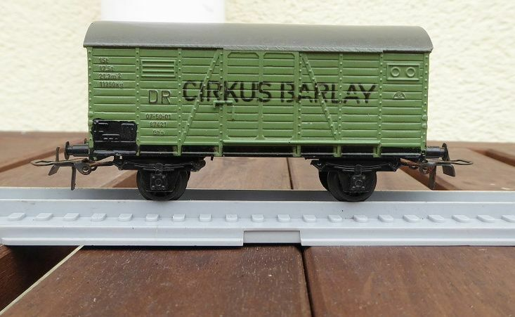 Piko Express Bakelith Freight Car Football Barlay Dr,Kunststoffachsen,Very Good