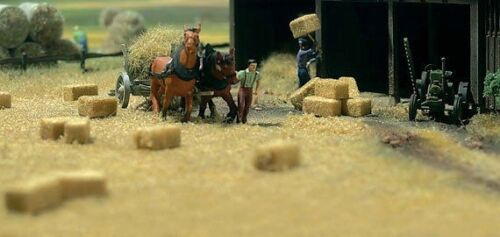 Busch  1212 Hay and Straw Bales  1:87