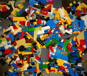 Bulk-4-pounds-of-legos-Bulk-lot-Bricks-parts-pieces-100-Lego-Star-Wars-City-etc