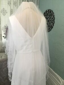 Authentic-Double-Tiered-David-039-s-Bridal-White-Pearl-Scalloped-Hem-Veil-Nylon