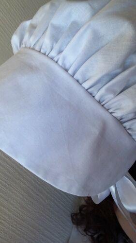 Femmes Victorien Regency noir blanc crème bonnet Dickens Austen période Drama