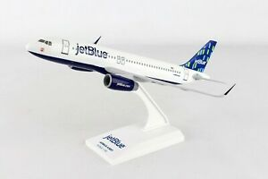 SkyMarks-JetBlue-Airways-Airbus-A320-HIGH-RISE-1-150-with-Stand-New
