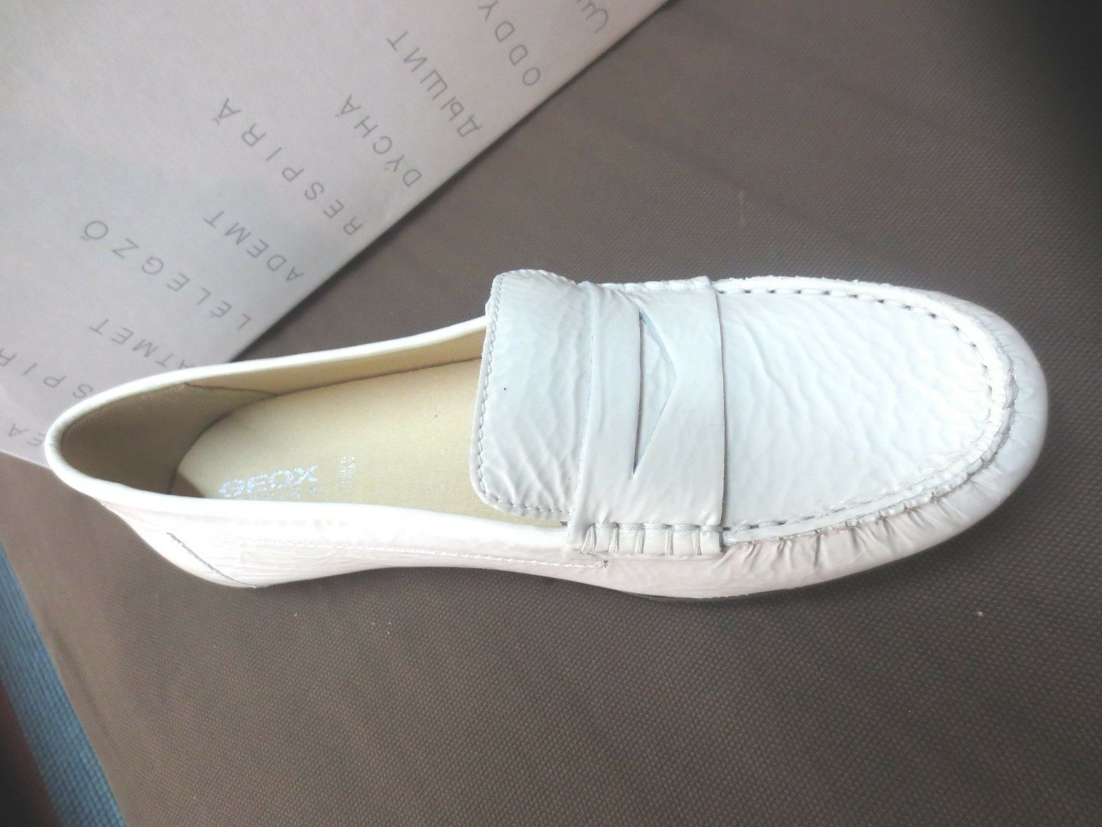 Geox Geox Geox Mocassin off white Neuf Valeur 110E Pointures 36,36.5,37,37.5,38,38.5,39,40 8f740b
