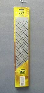 Middle-Atlantic-2U-2-Space-Steel-Vent-Rack-Panel-w-Diamond-Pattern-Silver