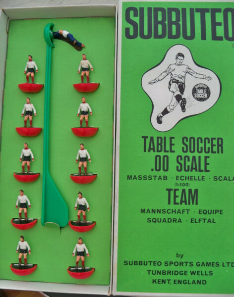 Subbuteo Team Clyde Hw Ref N.81 Players And Long Box With Ref Mint Immaculate De Laatste Mode