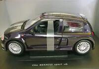 UNIVERSAL HOBBIES 1:18 AUTO DIE CAST RENAULT CLIO SPORT V6 VIOLA PURPLE ART 4502