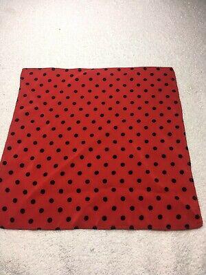 Compiacente Uomo Tasca Quadrato 10 X 10 Cm Rosso Con Pois Neri