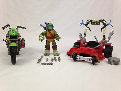 Teenage Mutant Ninja Turtles Action Figure Lot Leonardo Motorcycle Grass Kicker