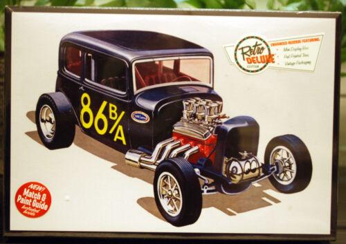 1:25 AMT 902 Wiederauflage neu 2015 1932 Ford Victoria Lil´Vicky 3´n1