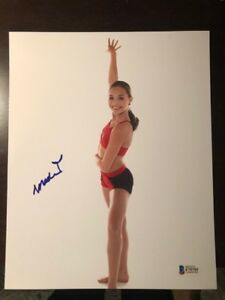 Details about Maddie Ziegler signed autographed 8x10 photo Sia Chandelier  BECKETT BAS Proof