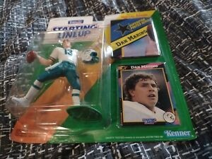 1992 Dan Marino Miami Dolphins Packaged Starting Lineup SLU NFL Football