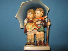 hummelfigur 71 Under One Roof Stormy Weather - Older Figurine - 1. Quality