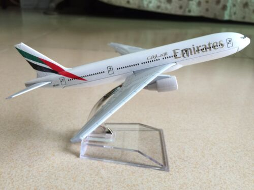 New Emirates BOEING 777 Passenger Airplane Plane Aircraft Metal Diecast Model