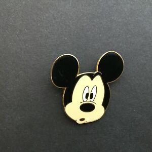 WDW-Cast-Lanyard-Series-Baffled-Mickey-Disney-Pin-15952