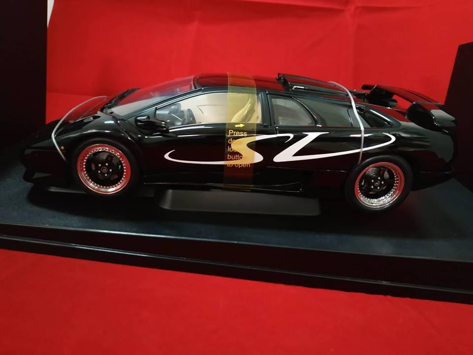 Lamborghini Diablo SV Noir 70081 1 18 Autoart...