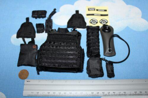 DID Dragon In Dreams 1:6TH échelle LAPD Swat Gilet avec Hydratation Pack de conducteur