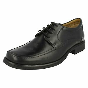 Clarks Handle Spring Lace Up Black Leather Shoes - G Fitting (standard Fit) Die Neueste Mode