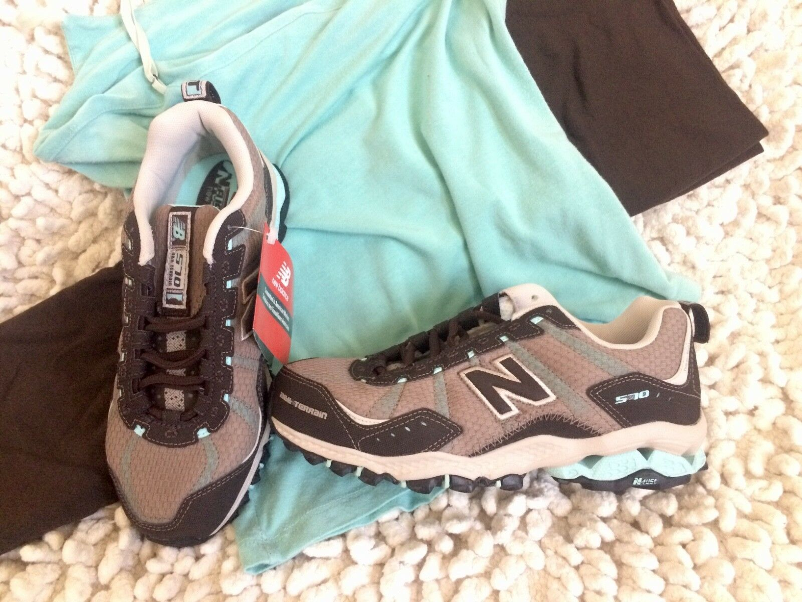 New Balance running hiking shoe -New in box. WT570. Women's Size 6.5