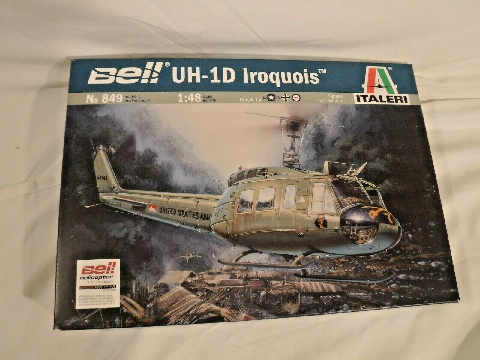 """DECALS HASEGAWA 1//72ème BELL UH 1D /""""IROQUOIS/"""""""