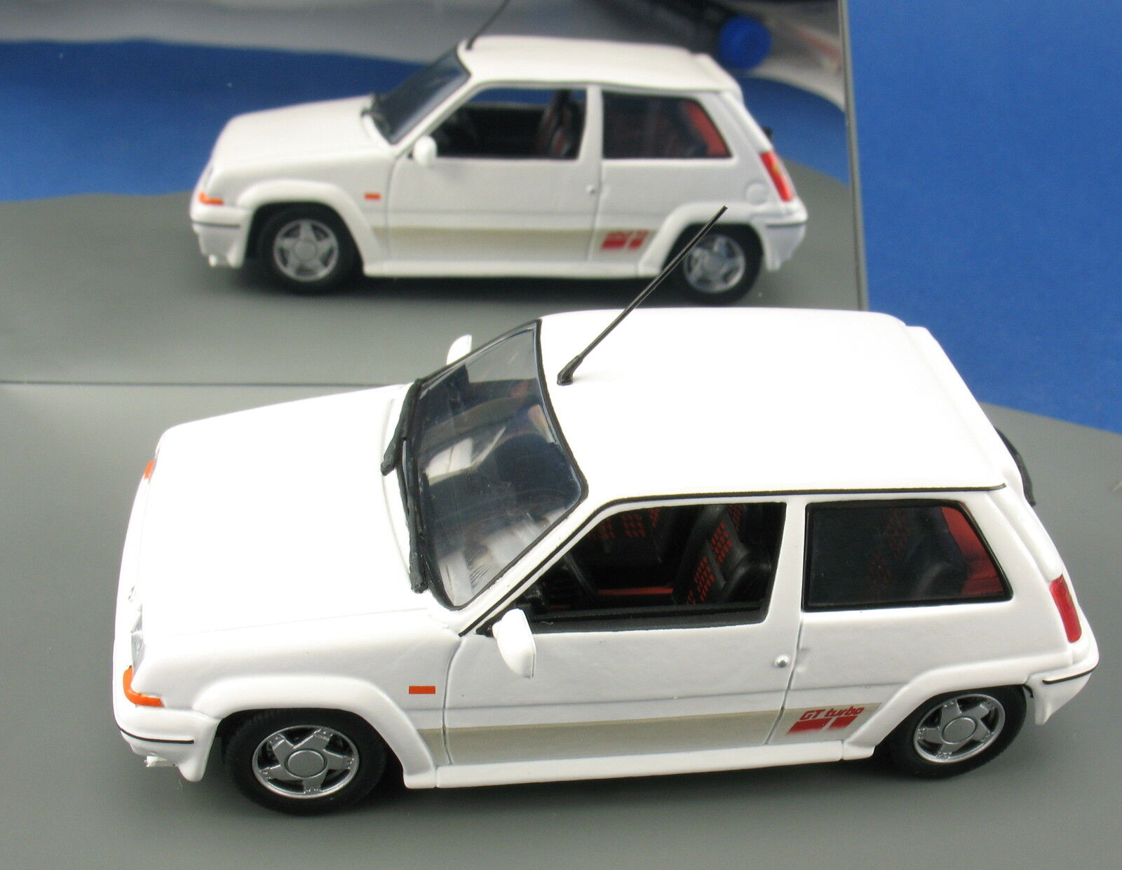 UH Universal Hobbies-Renault 5 GT Turbo-Blanc - 1 43 - voiture miniature MODEL CAR