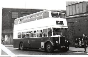 BOLTON-CORPORATION-TRANSPORT-LEYLAND-PD2-37-REG-NUMBER-NBN-432-BUS-PHOTOGRAPH