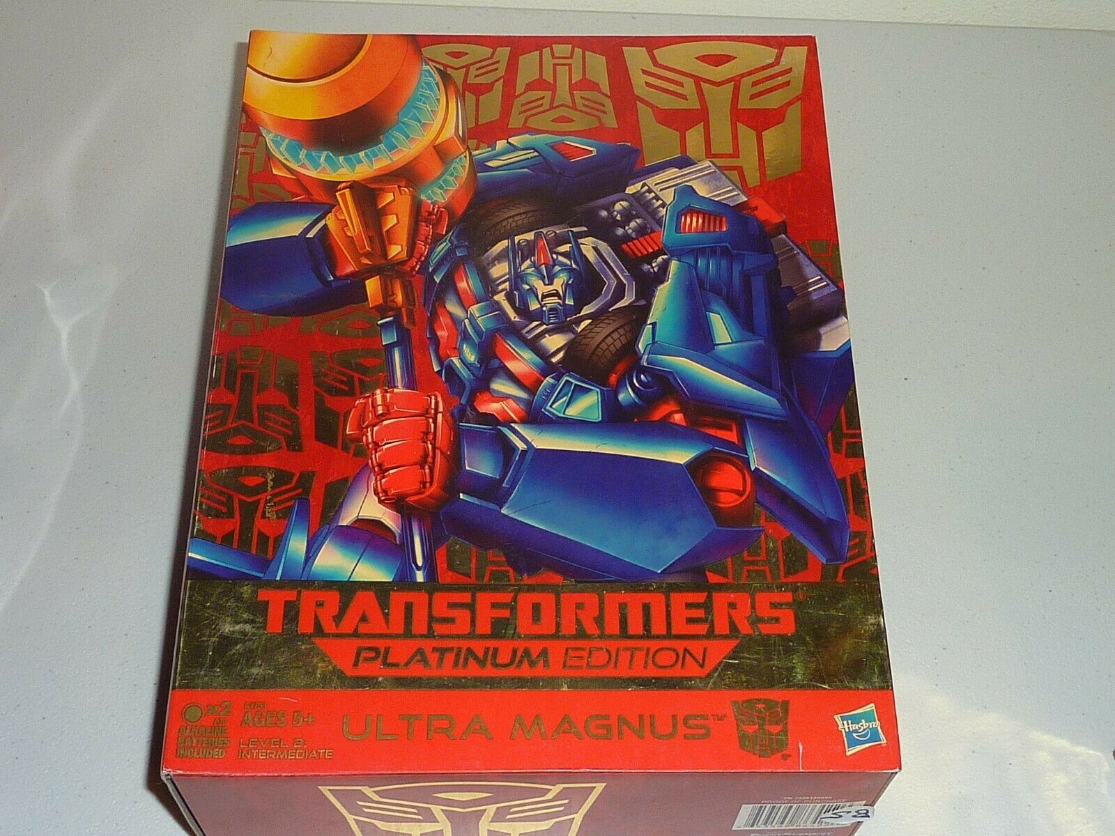 Transformers platinum edition ultra  magnus nouveau hasbro  marques de mode