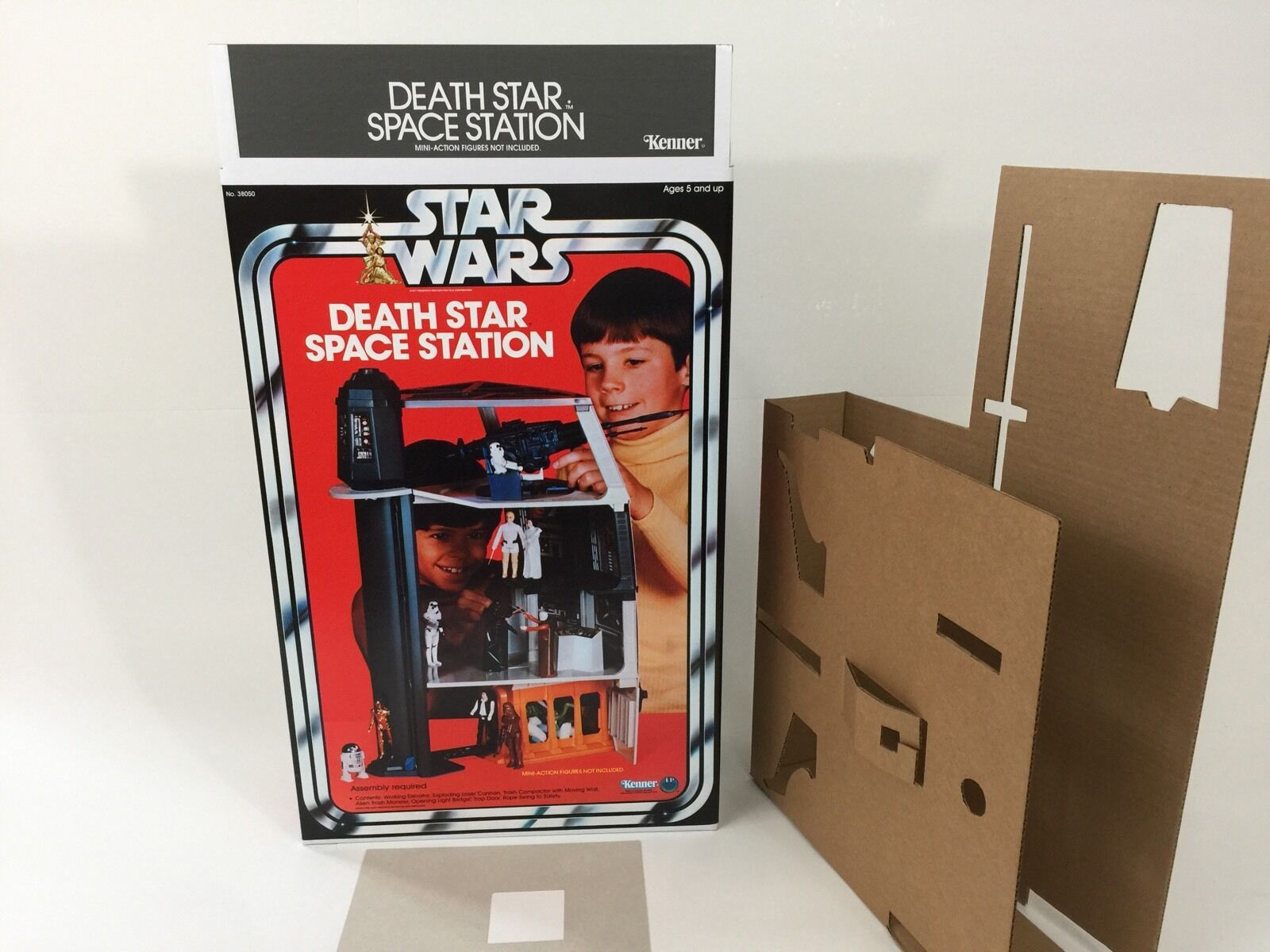 Replacement vintage star wars kenner death star box and inserts deathstar