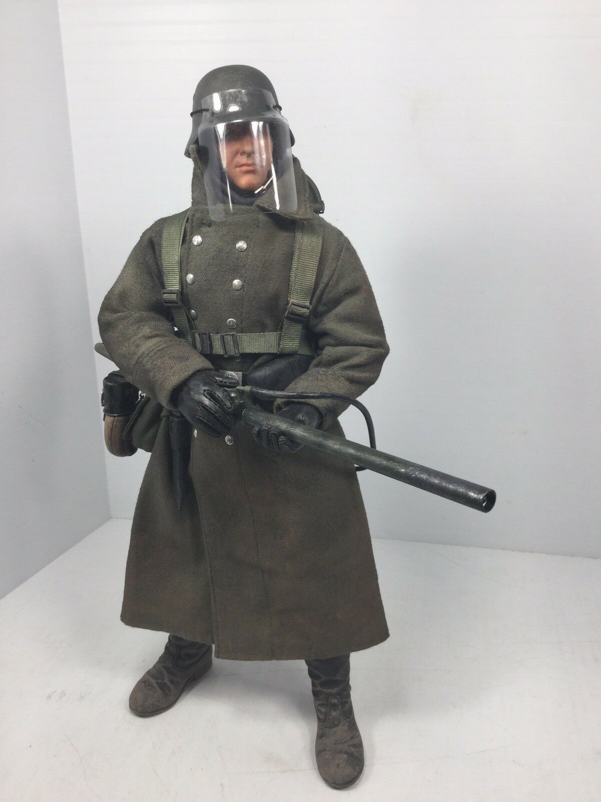 1/6 DRAGON WEHRMACHT FLAMETHROWER GUNNER STALINGRAD WINTER P-38 BBI DID 21ST WW2