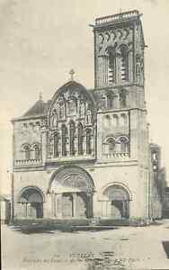 89-cpa-VEZELAY-Eglise-de-la-Madeleine
