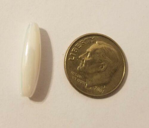 500 pcs Iridescent White Plastic Acrylic Spaghetti 19mm x 6mm Oval Craft Beads