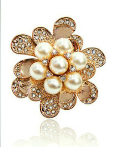 ITALINA-18K-ROSE-GOLD-PLATED-AND-GENUINE-AUSTRIAN-CRYSTAL-amp-WHITE-PEARL-BROOCH