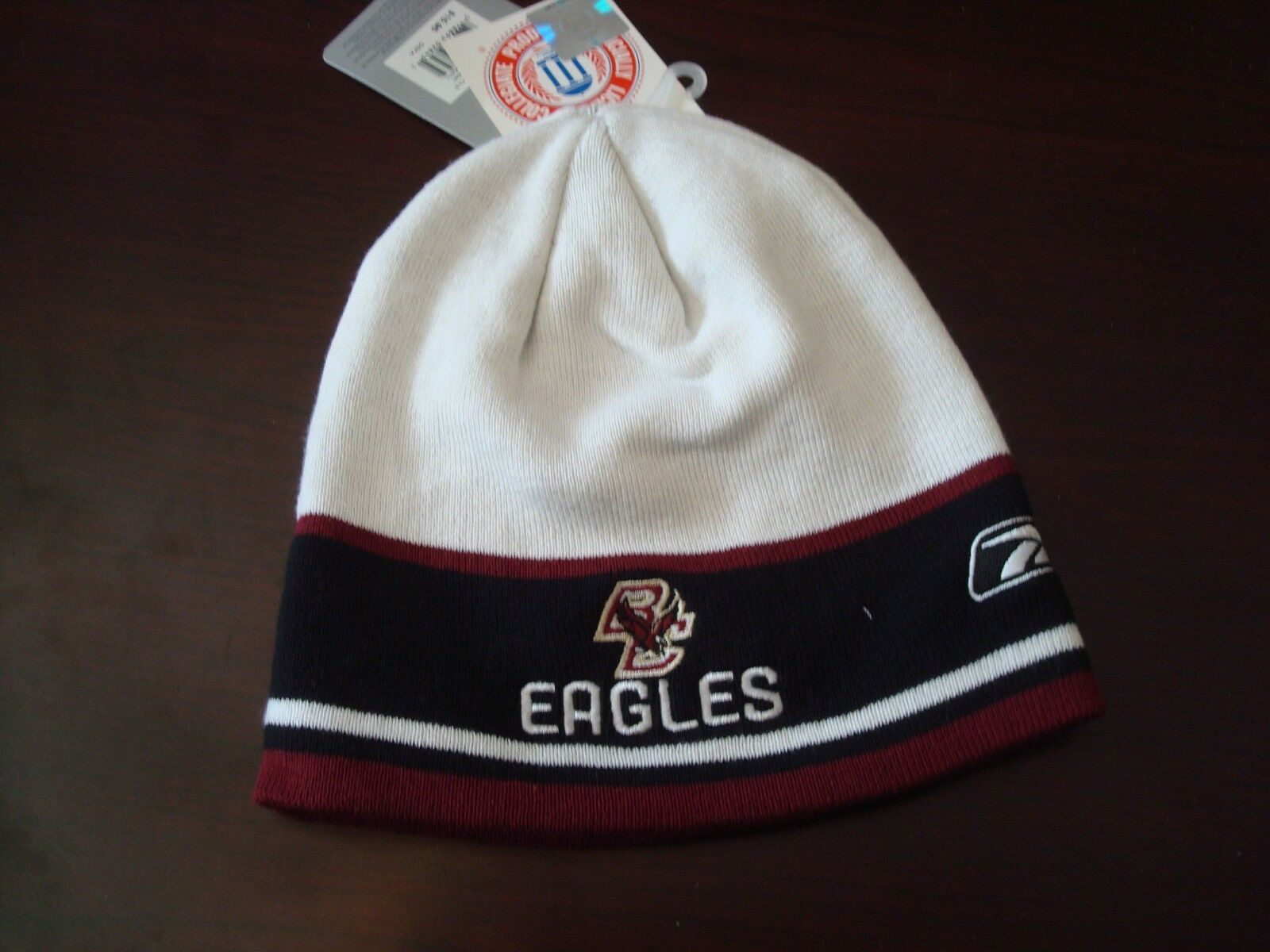 BOSTON COLLEGE EAGLES REEBOK  SCRIPT HAT TOBOGGAN KNIT BEANIE SKULL HAT SCRIPT CAP 653542