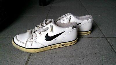 GroßZüGig Sneakers Von Nike, 80er Jahre, Größe 38, Antiquität, Weiß,schwarz,gelb! Die Neueste Mode