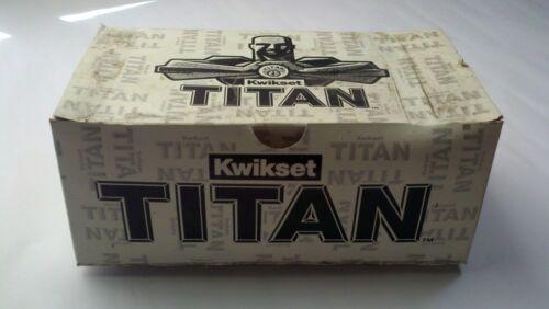 KWIKSET TITAN CORTEZ KNOB SET PASSAGE 720CZ 26D RCL RCS US26D SATIN CHROME