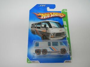 2009 Hot Wheels Treasure Hunt GMC Motorhome MOC 2A10