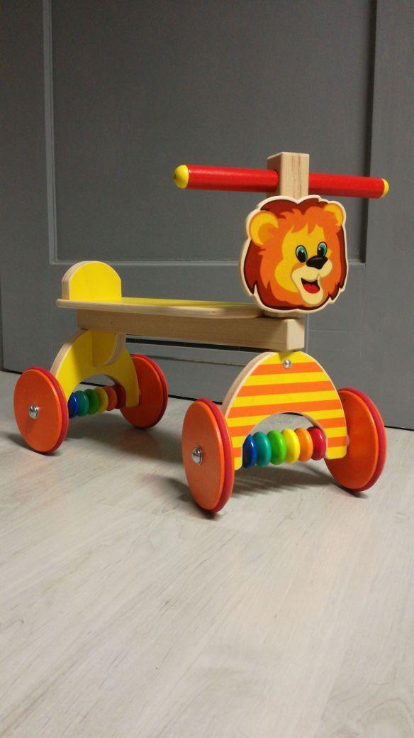 Hess Holzspielzeug - Rutscher Löwe aus Holz, 40 x 19 x 24 cm, bunt - 31184