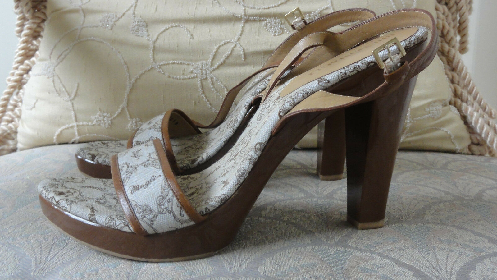 RARE BRUNO MAGLI BROWN SANDALS HEELS LION FABRIC LEATHER SIZE 8 USA