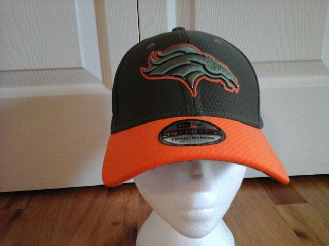 49096c40ccd Era Denver Broncos Olive 2017 Salute to Service 39thirty Flex Hat ...