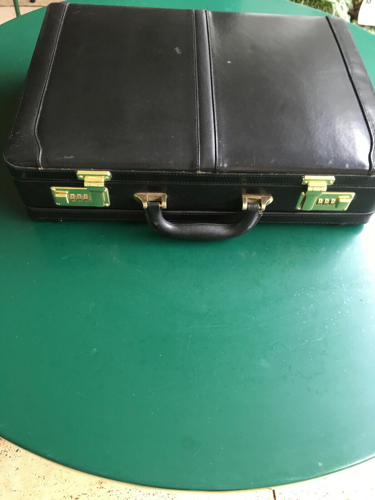Lederaktenkoffer   Online einkaufen    Hohe Qualität und Wirtschaftlichkeit    Sofortige Lieferung