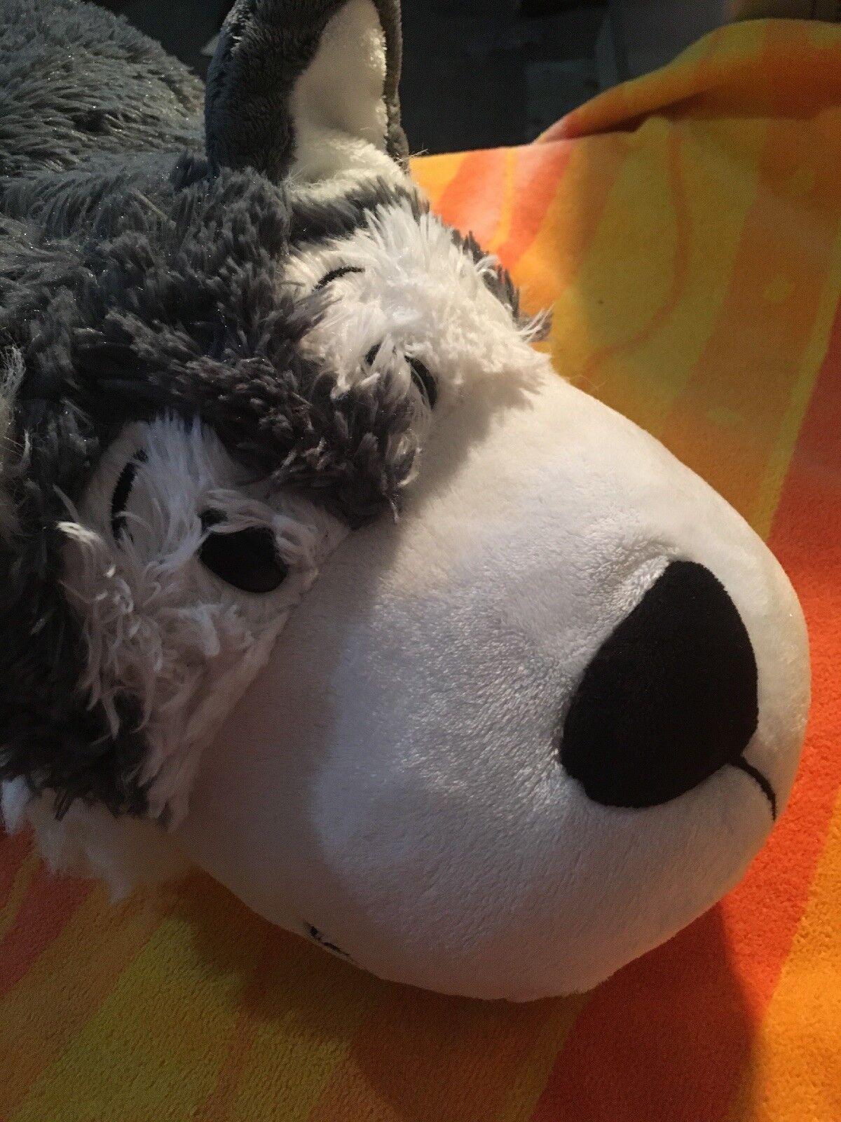 FlipAZoo Poppi Polar Bear And Asher Husky Pillow