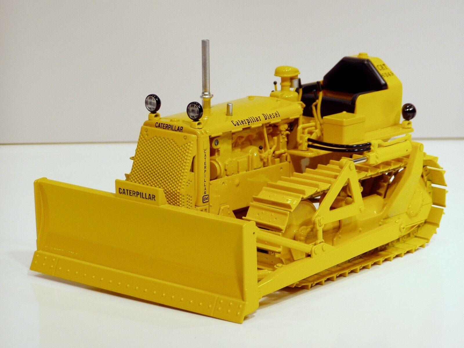Caterpillar D4 7U sur  chenilles tracteur avec 4 S HYD Blade - 1 16 - Spec Cast  en ligne