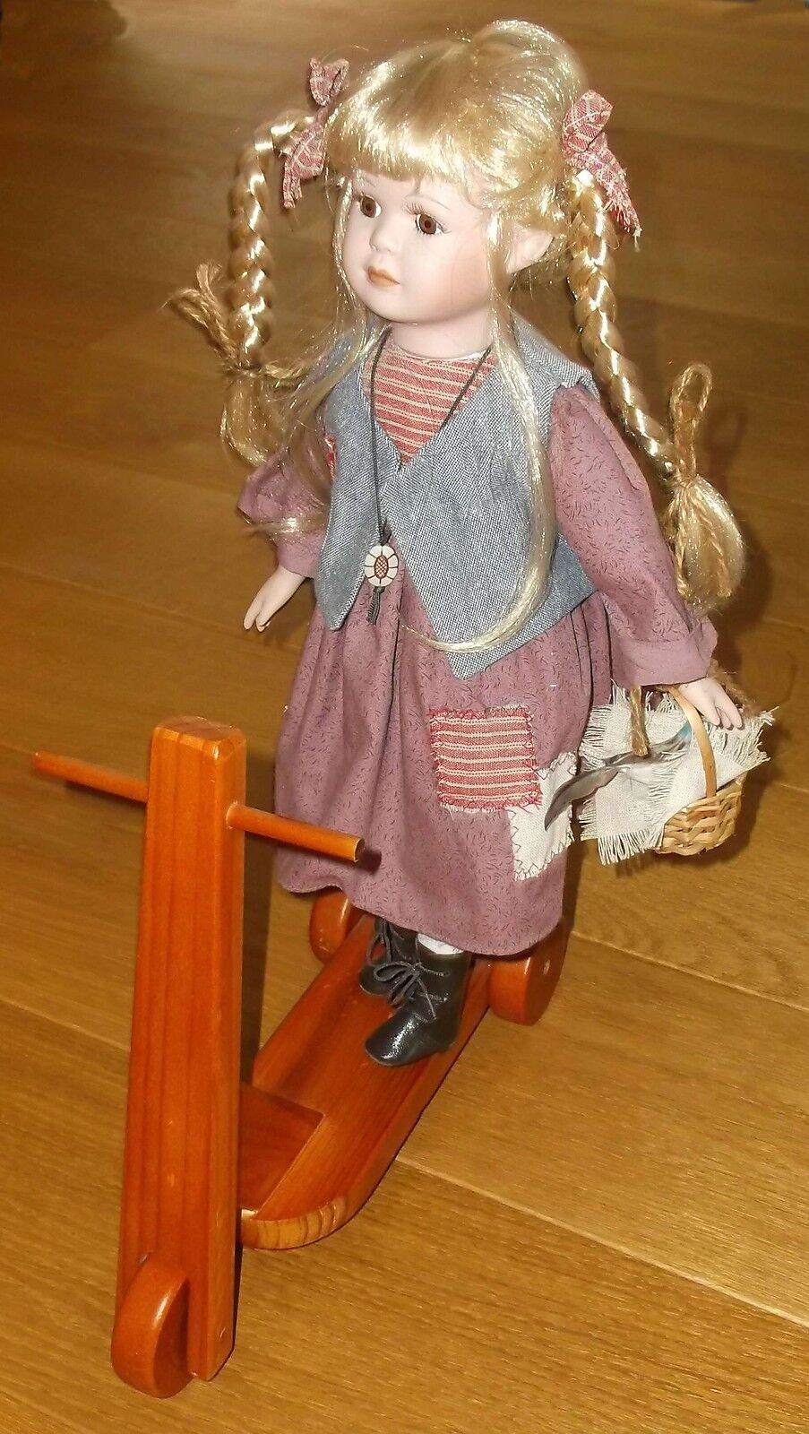 Aus Sammlung  Porzellan Porzellan Porzellan Sammler Puppe auf Holzroller-unbespielt- 0b9db0