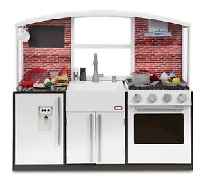 NEW Little Tikes Modern Toy Play Kitchen with Food & Utensil Accessories - White