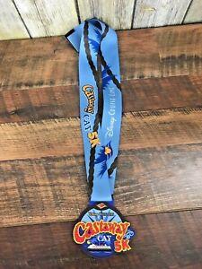 New-Disney-Cruise-Line-Castaway-Cay-5K-Plastic-Award-Metal-2018-19-Blue-Lanyard