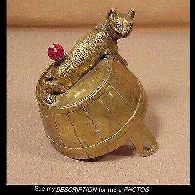 RARE!! 1880-1900 Figural CAT ON A BARREL Brass Servants Butler Hotel CALL BELL