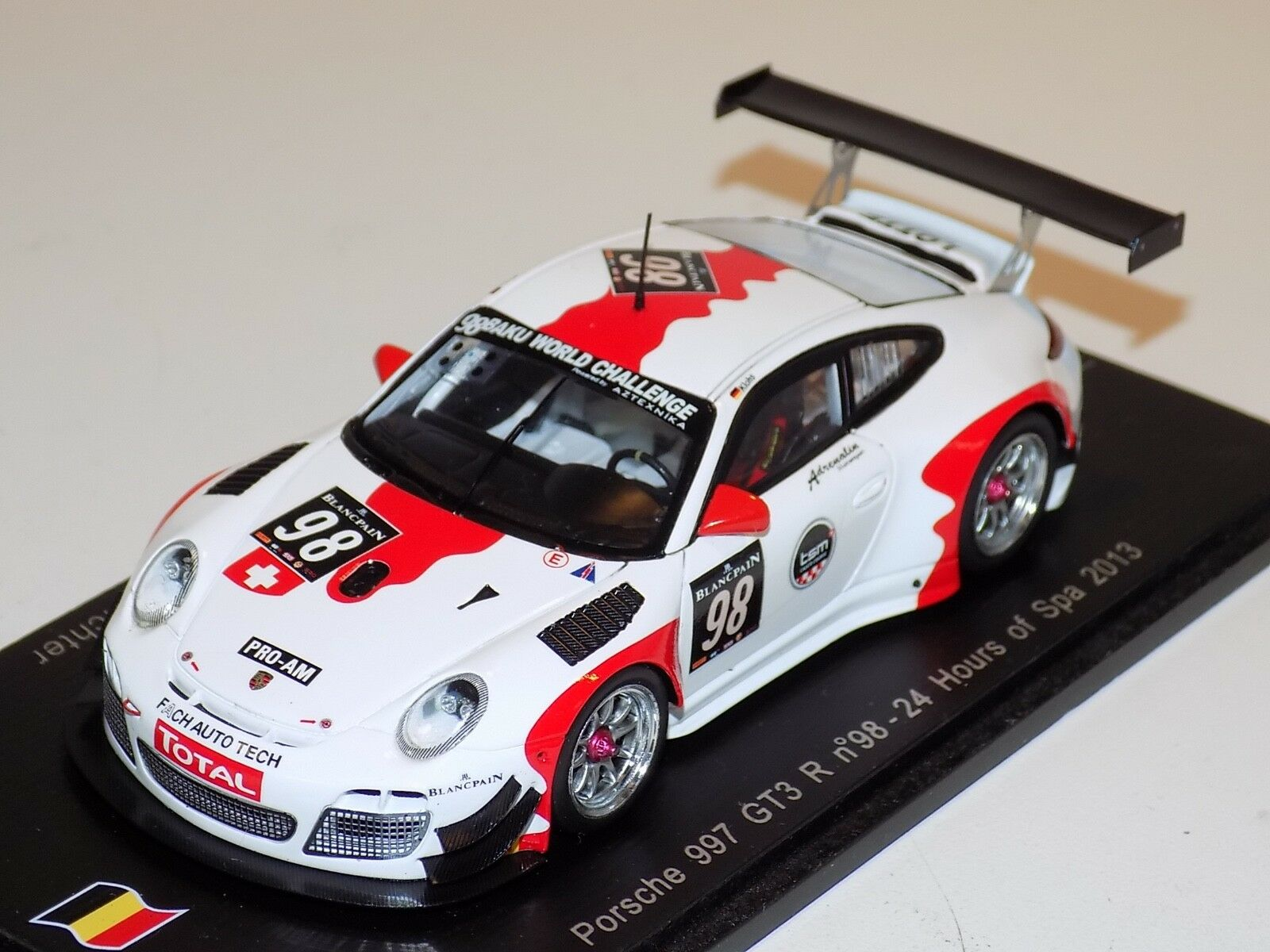 1 43 Spark Porsche 911  997  GT3 R CAR Horas de Spa 2013 SB045
